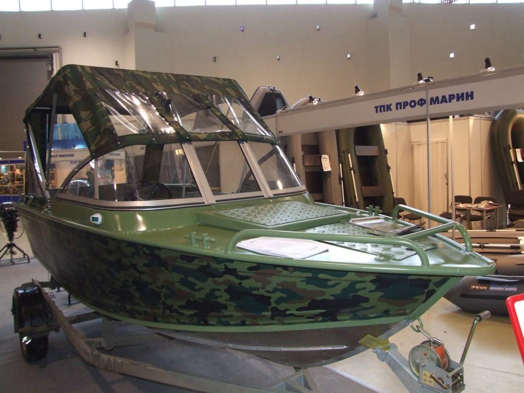 моторная гребная лодка дмб