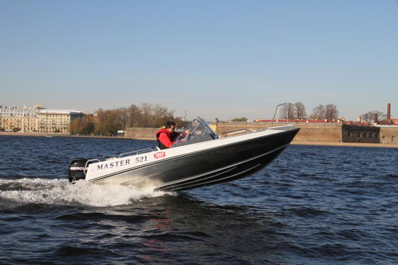 лодка мастер 521