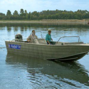 Катер Wyatboat 700