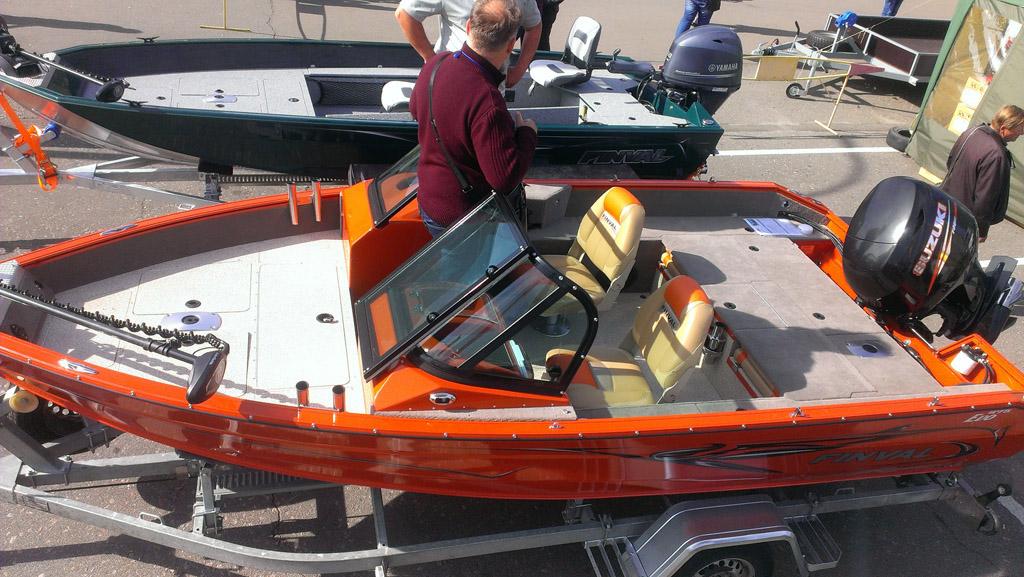 производитель лодки finval