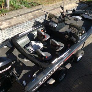 Мотолодка Tracker Tundra 18DC