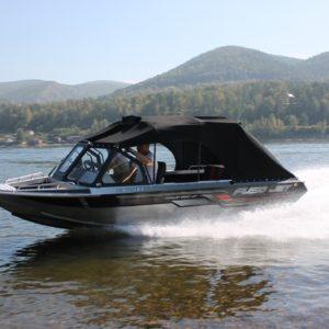 Водомётный катер ТУМАН 565